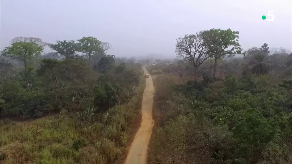 Documentaire Les routes de l'impossible – Ghana, business sur la piste