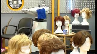 Documentaire C'est pas sorcier – Couper les cheveux en quatre