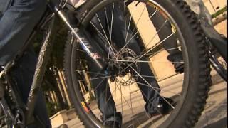 Documentaire C'est pas sorcier – Roller, skate et BMX : comme sur des roulettes !