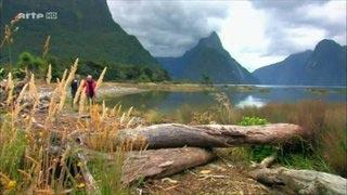 Documentaire Voyages au bout du monde – En Islande, la terre, l'air, le feu et l'eau