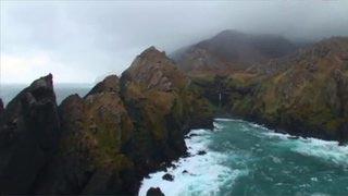 Documentaire Terres extrêmes : archipels des Kerguelen et Crozet, îles Saint-Paul et Amsterdam