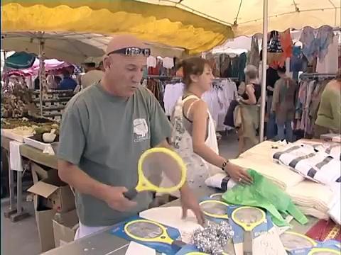 Documentaire Saint-Tropez : le jackpot des marchés de Provence