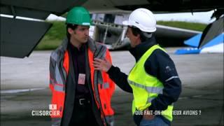 Documentaire C'est pas sorcier – Que fait on des vieux avions ?