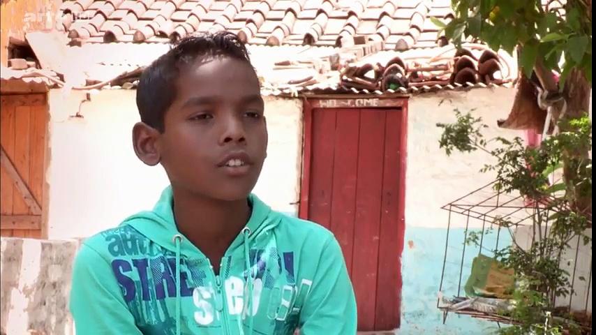Documentaire En Inde, policier dès 6 ans