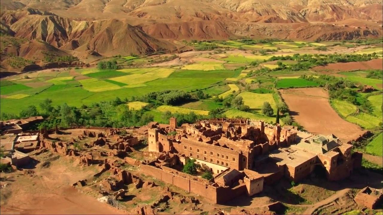 Documentaire Le Maroc vu du ciel (2/2)