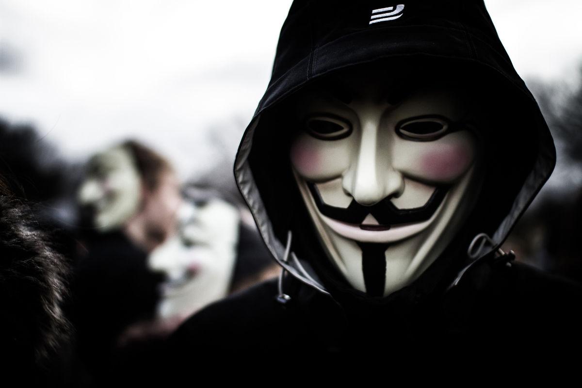 Documentaire Tous rebelles ! – 1/2 – Le réseau c'est nous