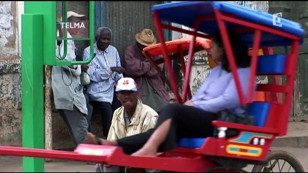 Documentaire Le monde selon ma mobylette – Madagascar