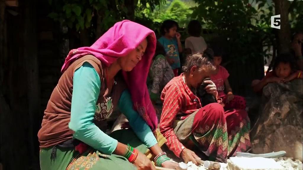 Documentaire Les routes de l'impossible –  Népal, les voies de la sagesse