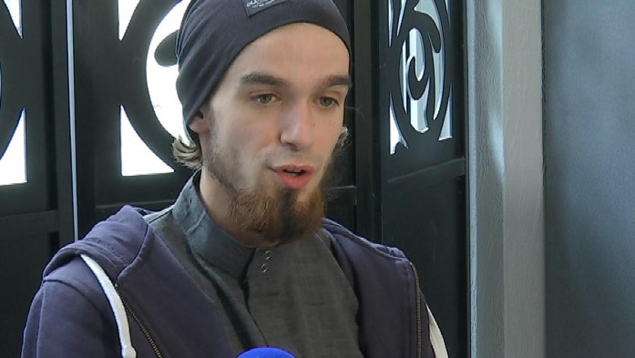 Documentaire La France face aux repentis du Jihad (1/2)