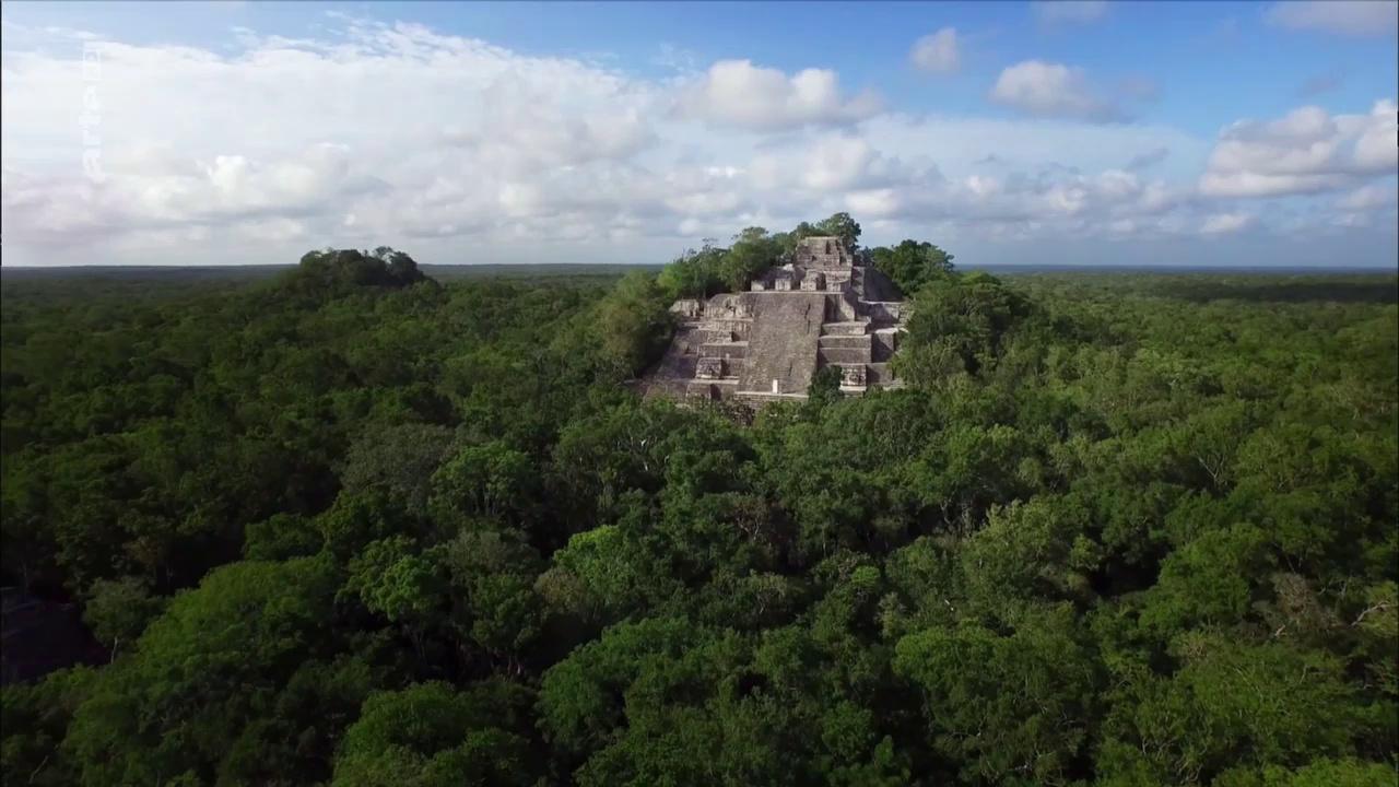 Documentaire Naachtun : la cité Maya oubliée (1/2)