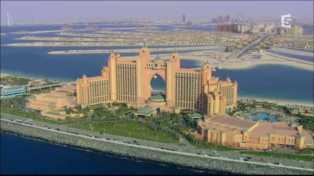 Documentaire Embarquement immédiat – Dubaï