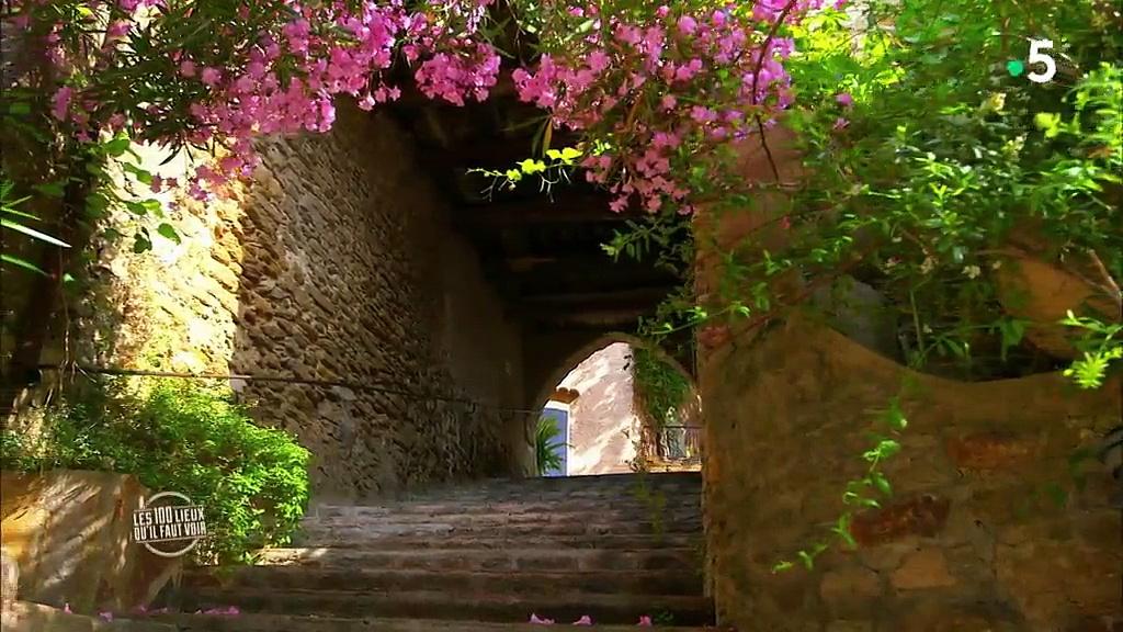 Documentaire Les 100 lieux qu'il faut voir – Côte d'Azur, de la côte Varoise au pays niçois