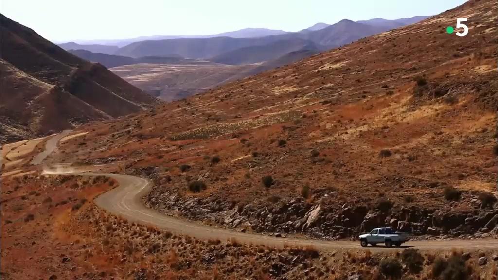 Documentaire Les routes de l'impossible – Lesotho, le royaume des neiges
