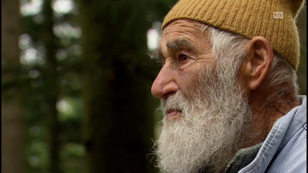 Documentaire Une rencontre de bûcherons et forgerons passionnés: de bois et d'acier