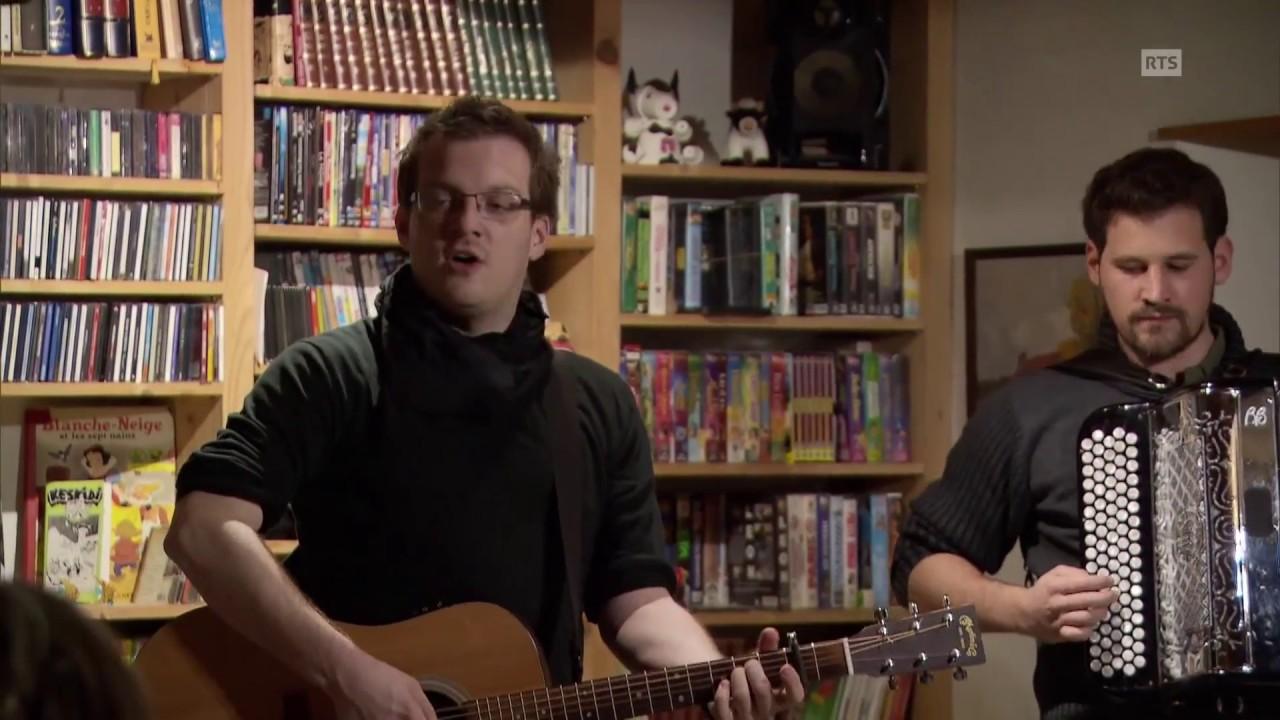 Documentaire Tour de Suisse musical pour deux troubadours d'appartement