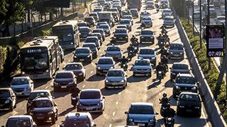 Documentaire La moto-taxi, un business en pleine croissance
