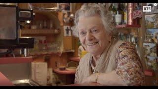Documentaire A 97 ans, toujours derrière le comptoir