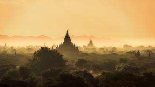 Documentaire La Birmanie : de la dictature au pays touristique