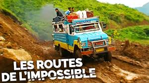 Les routes de l'impossible - Philippines, quand la montagne gronde
