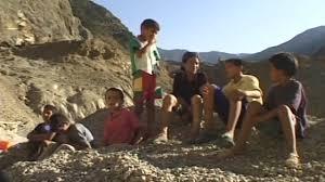 Documentaire Algérie : les enfants au cœur de la crise