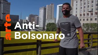 Brésil : les supporters, gardiens de la démocratie