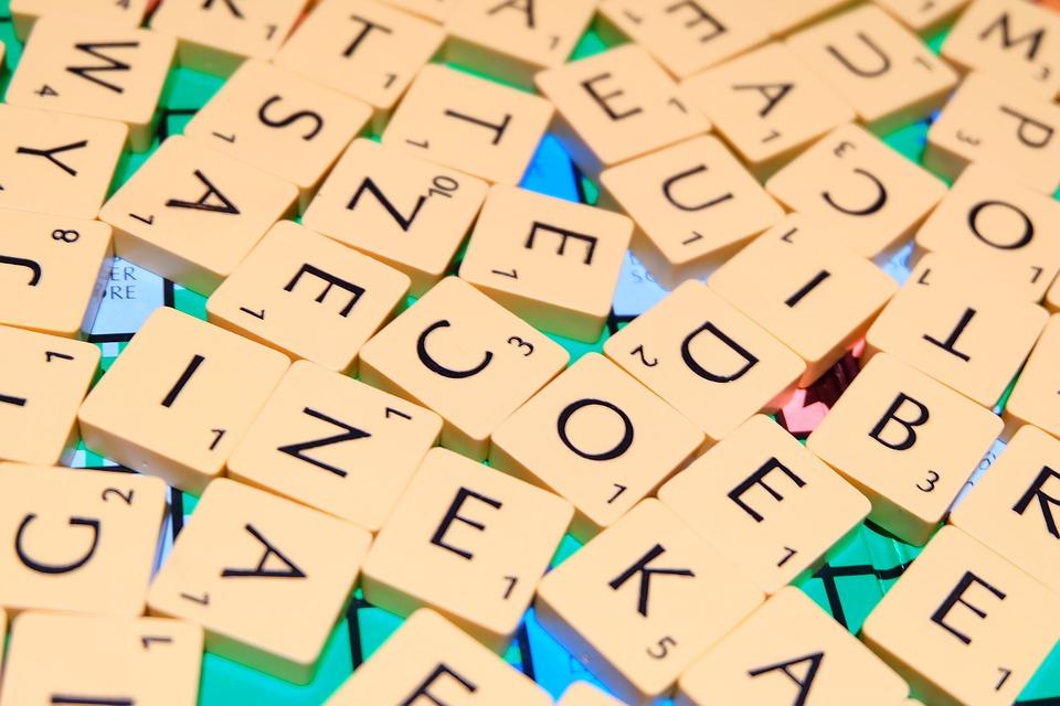 Les différentes formes de jeu du scrabble