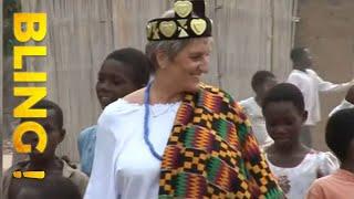 Documentaire Du travail de bureau à reine au Togo