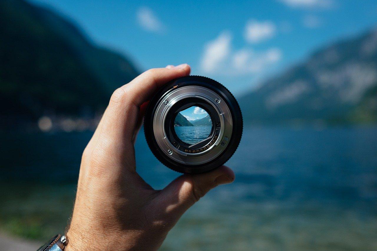 Impact de la recherche d'images sur notre monde numérique pour trouver des photos similaires