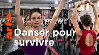 Kosovo : danser pour survivre