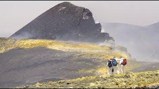 Piton de la Fournaise - Etna : plumes de volcan