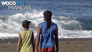 Pêche traditionnelle entre père et fils à la Réunion