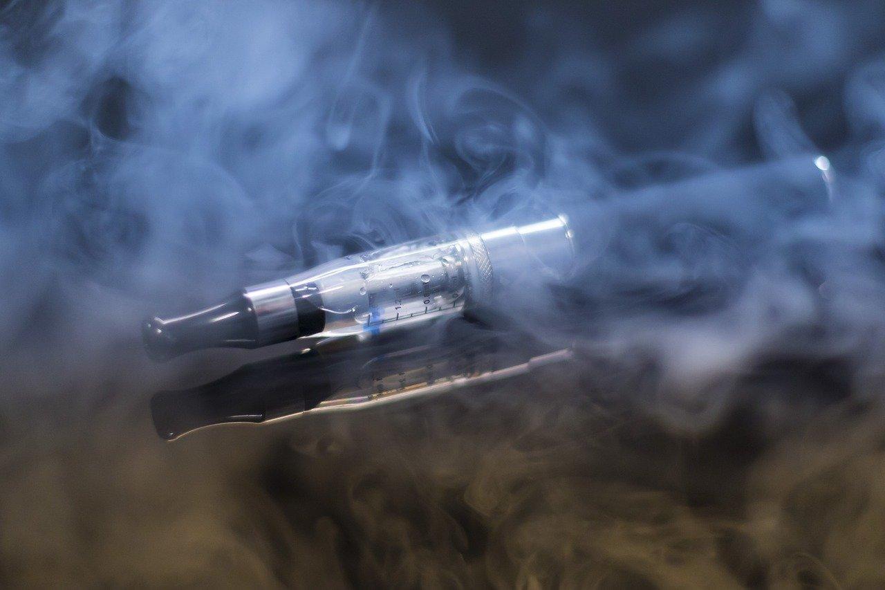 Documentaire Les e-liquides et les cigarettes électroniques