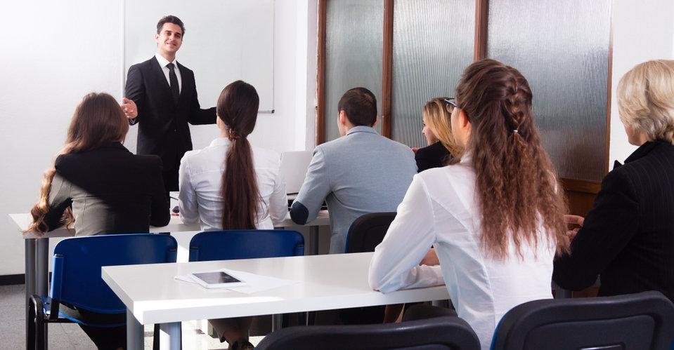 Linguistique : où et comment apprendre l'anglais professionnel ?
