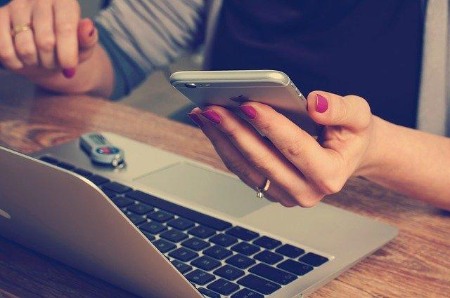 Utiliser un comparateur d'offres en ligne, pourquoi pas ?
