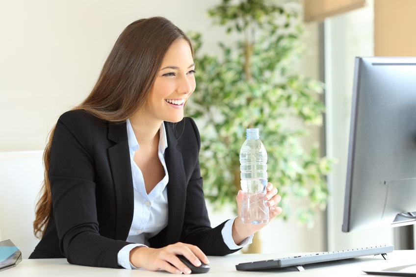 Pourquoi s'hydrater améliore la productivité ?